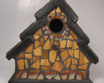 Wood grain look and tile birdhouse