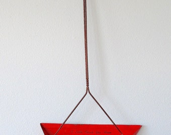 Vintage Metal Dustpan. Red. Advertising. Long Handle. Farmhouse Kitchen. Wall Decor. Wisconsin Memorabilia. Mid Century. Shabby. Chippy [17]
