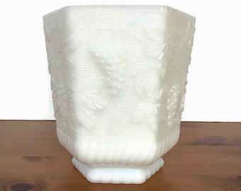 Vintage milk glass planter white anchor hocking grapes and leaves pattern