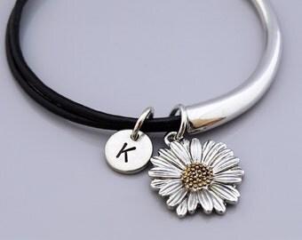 Daisy charm bangle, Daisy charm bracelet, Daisy flower, Garden theme charm, Leather bracelet, Leather bangle, Personalized bracelet