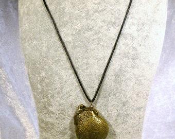 Statement necklace, long necklace, sweater chain, brass antique, avant garde, extravagant, minimalist, gift friend