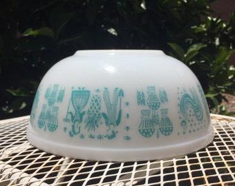 Pyrex Butterprint 404 Mixing Bowl