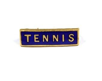 Vintage small 1960s tennis pin, small tennis badge, blue enamel tennis brooch, school gift, tennis gift, goldtone, blue pin, Fattorini