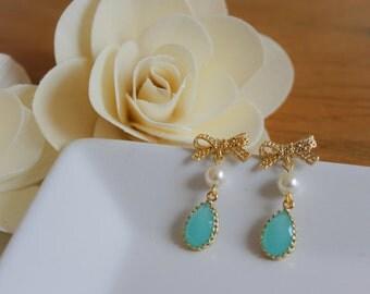 Mint Glass Stone Earrings (E05-01)