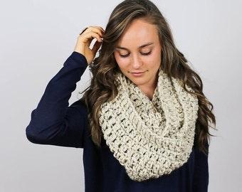 Super Chunky Crochet Infinity Scarf | Oatmeal