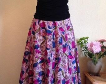 1950s Half Circle Skirt. Small