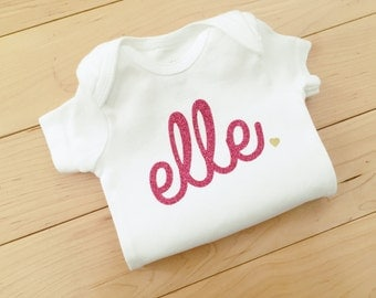 Custom Baby Girl Name Bodysuit / Newborn Name Bodysuit / Baby Clothes / Personalized Pink Glitter Bodysuit
