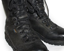 Vintage Mens Boots Leather Carhartt Combat Boots Lace up Grunge Men's Size 11 EE Leather Military Boot Waterproof Black Safety Toe Boot