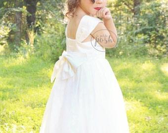 flower girl dresses, flower girl white dress, tulle dress, big bow dress, fancy dress, white baby dress, girl dress, rustic flower girl