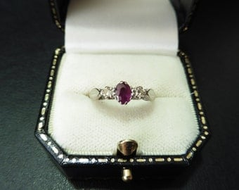 Pre-owned 18ct gold ruby and diamond ring
