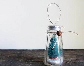Snow Globe Large Salt & Pepper Shaker Ornament