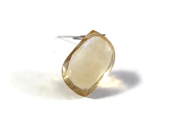 One Quartz Bead, Golden Gemstone Briolettes, 5-6.5 TCW, AAA Beer Quartz Specialty Cut Beads for Jewelry Making (Luxe-Bq3c)