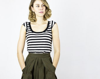 Stripe Scoop Scallop Tee / Tulip sleeve cute Eco t-shirt - Summer Linen stripe top