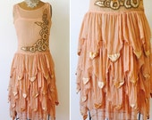 Vintage 1920s Peach color Silk flapper dress/Velvet appliqués/Mermaid skirt/Art Deco