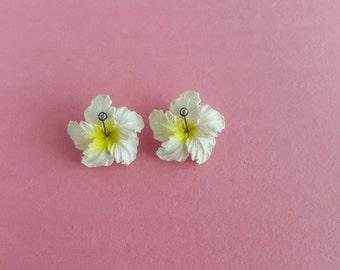 Vintage Clip On Hibiscus Earrings Tropical Jewelry White Flower Beach Island Hawaiian Wedding