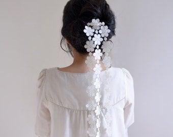 SnowFlakes - bridal white flower haircomb, simple floral wedding headpiece