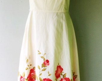 Early 60s Style Strapless Dress with ROSES