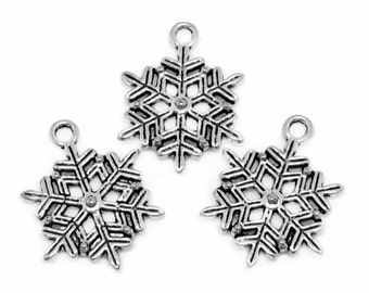 Silver Charms : 10 Antique Silver Snowflake Charms | Frozen Snowflake Winter Pendants 22x19mm -- Lead, Nickel & Cadmium free 12765.C27