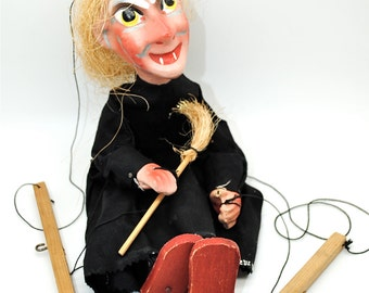 Vintage Witch Marionette Puppet Show Halloween Toy Scary Creepy Composite Wood Halloween Decor