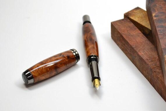 plume fontaine en bois de loupe d 39 amboine. Black Bedroom Furniture Sets. Home Design Ideas