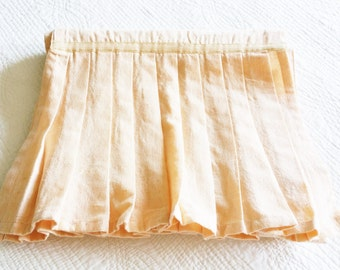 Vintage Cottage Home Peach Blush Pleated Table Runner with Gauze Ribbon Trim, Olives and Doves