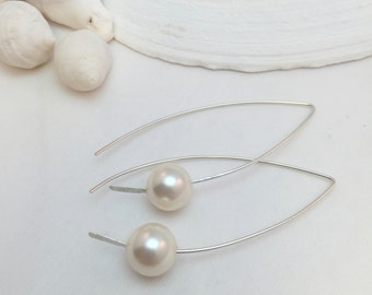 Modern White Pearl Earrings, Minimalist Jewelry, Swarovski Pearls and Sterling Silver Handcrafted Earrings