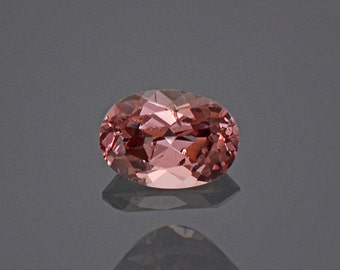 Beautiful Color Shift Garnet Gemstone from Tanzania 0.96 cts
