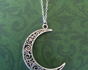 Moon Necklace - Moon Jewelry - Celestial Necklace - Celestial Jewelry - Filigree Jewelry - Moon Necklace in Handmade - Moon Necklace Silver