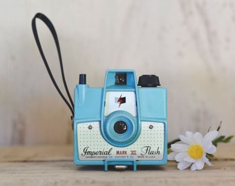 Imperial Camera Mark XII camera Turquoise