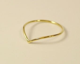 18k v ring, 18k v shape ring,18k chevron ring, 18k engagement ring,18k yellow gold ring,18k midi ring,18k thumb ring,18k white gold v ring