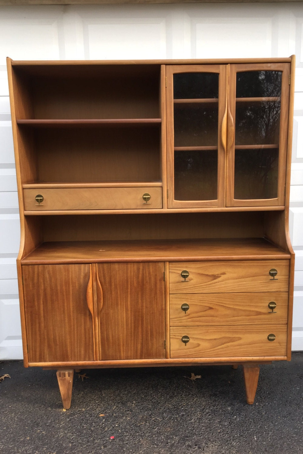 Mid-Century Modern Kitchen Hutch by Stanley by secondhandstory