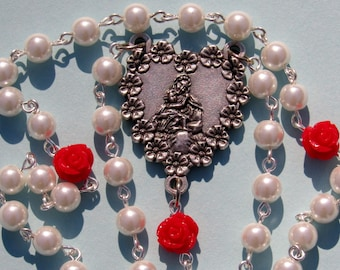 Mother and Child Rosary, White w/ Red Roses *Christian,Catholic,prayer,chaplet,new mom,religious,spring,flowers,Blessed Mother,grandmothers