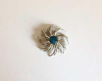 Brooch - Large Silver SARAH COVENTRY Flower Pin With Blue Stone