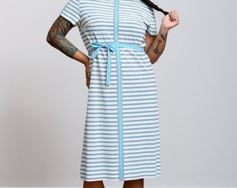 1960s Blue and White Striped Shift Dress with Belt - Vintage - Mod style - Medium