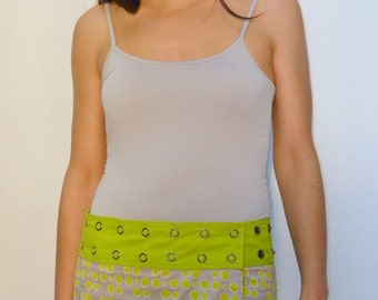 Reversible and adjustable skirt, 100% cotton