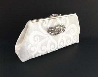 Ivory linen clutch, white clutch, off white clutch, white evening bag, bride handbag, wedding accessories with vintage rhinestone pin