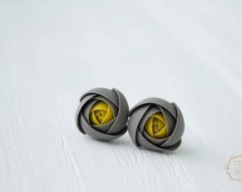 Grey Stud Earrings Ranunculus Stud Earrings Wholesale Small Hypoallergenic Handmade Studs Wedding Bridal Birthday Jewelry Earrings