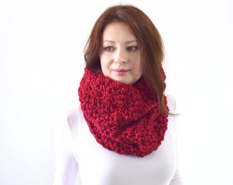 Chunky Cowl Scarf // The Syracuse// in Cranberry
