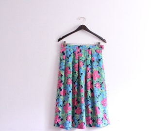 Pleated Floral 80s Midi Skirt