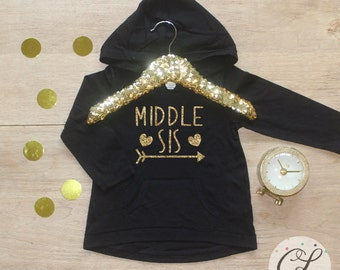 Middle Sister Shirt / Baby Girl Clothes Shirt Sibling Shirt Big Sis Little New Baby Announcement Shirt Big Sister Announcement Sister 005