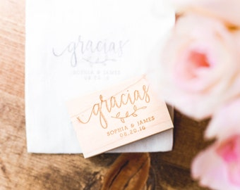 Gracias Stamp - Personalized Thank You Stamp, Gracias Wedding Stamp, Wedding Favor Stamp, Spanish Wedding Stamp, Calligraphy (Style 11)