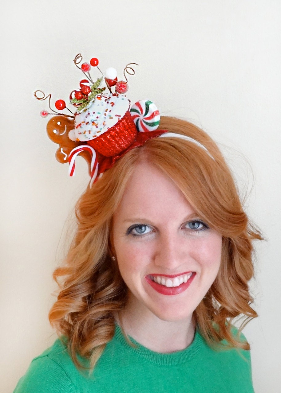 Great selection of Christmas Hats and Christmas Headbands to choose from. We have Reindeer Antlers, Santa Hats, Christmas Tree Hats and more. Buy your Christmas Hats and headbands from the costume authority at Halloween Express. Shop. Live Chat & More. Women's Red Bonnet. $