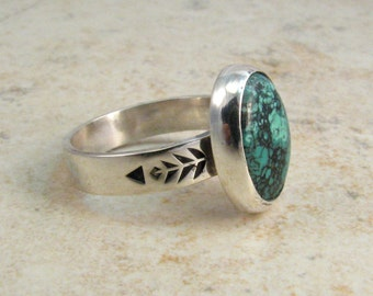 Turquoise Ring in Sterling Silver with Tribal Leaf Geometric Design - Tibetan Turquose Green Blue Mottled One of a Kind Ring Size 7
