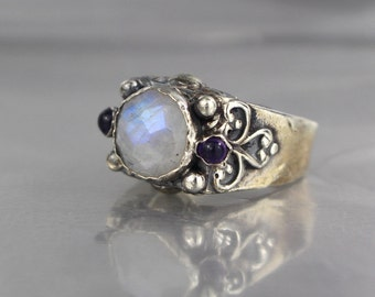 Rainbow Moonstone Ring, Silver Ring, Gemstone Ring, Multistone Ring, Antique Style Signet Ring, Vintage Style, Floral Moonstone Ring