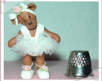 Ballarina bear