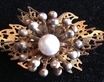 Vintage Brooch, Filigree Design // Vintage Jewellery// Gifts for Her.
