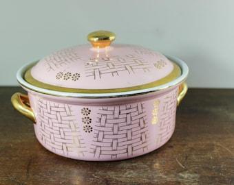 Vintage Hall Covered Casserole Pink Basketweave Gold Label  .75 Gal. Hall's Superior Kitchenware Eva Zeisel Pink Basketweave 76 075GL