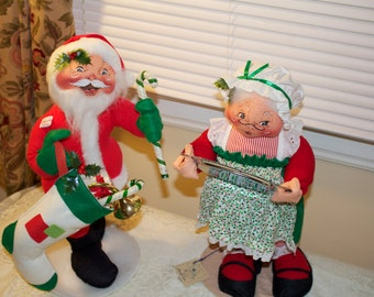 Anna Lee Santa and Mrs. Claus Large Dolls