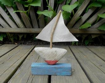 Driftwood Sailboat - Cruising!