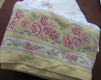 Vintage Full Flat and Fitted Sheet/Shabby Chic/Cabbage Roses